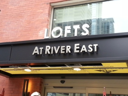 Lofts At River East (Chicago); Dimensional Letters