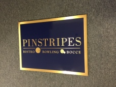 Pinstripes (Chicago); Marquee Sign