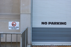 "University of Chicago (Chicago, IL); Exterior Grade Digital Print on Aluminum Sign Base to read ""No Idling Zone"""
